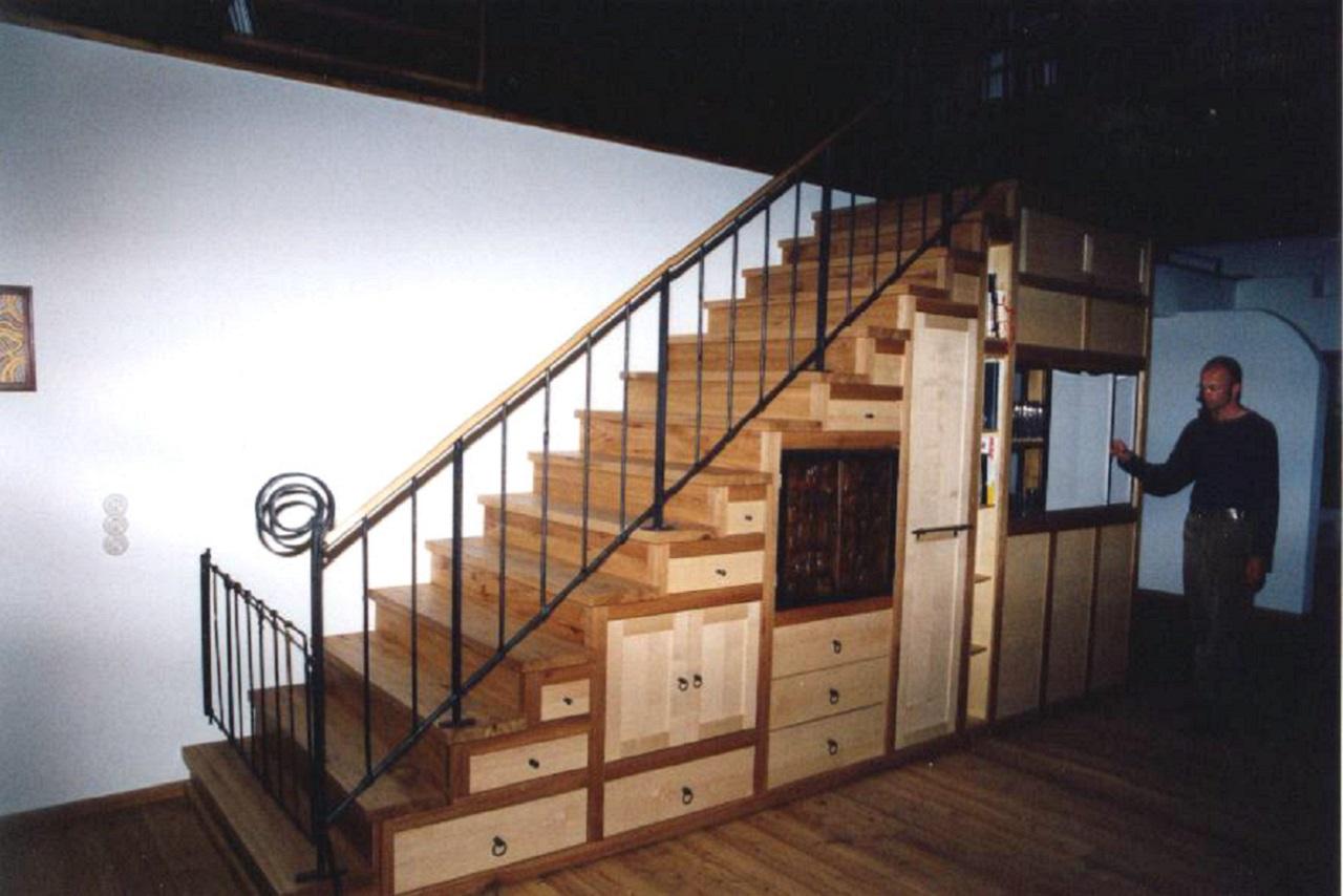 treppenschrank begehbar